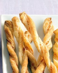 chilli and parmesan straws